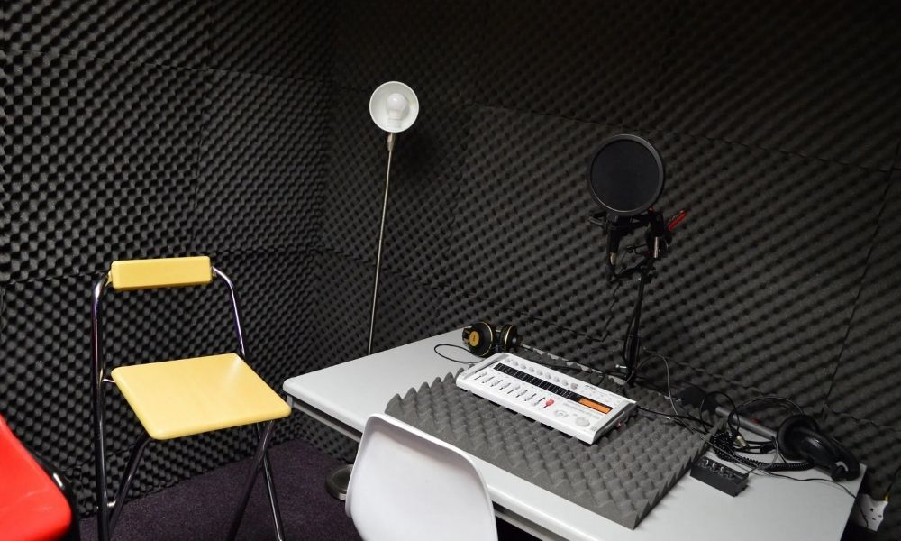 Voice Care now has a new home in Class Act Studios in Chepstow.  They also have a Sound Booth